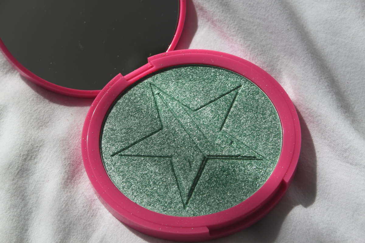 Product Review: Jeffree Star Skin Frost in Mint Condition!